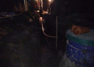 Конец первого дня, укладка ПНД трубы на сброс очищенной воды