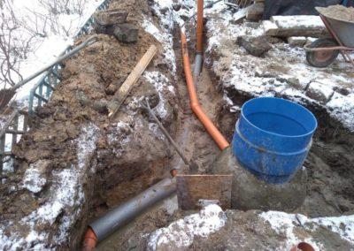 Подключение ПНД трубы для сброса очищенной воды