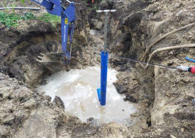 Обустройство самоизливной скважины глубиной 65м в СНТ Островок, Ярославская область.